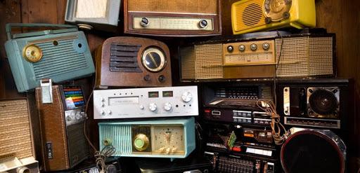Sejarah singkat perkembangan radio