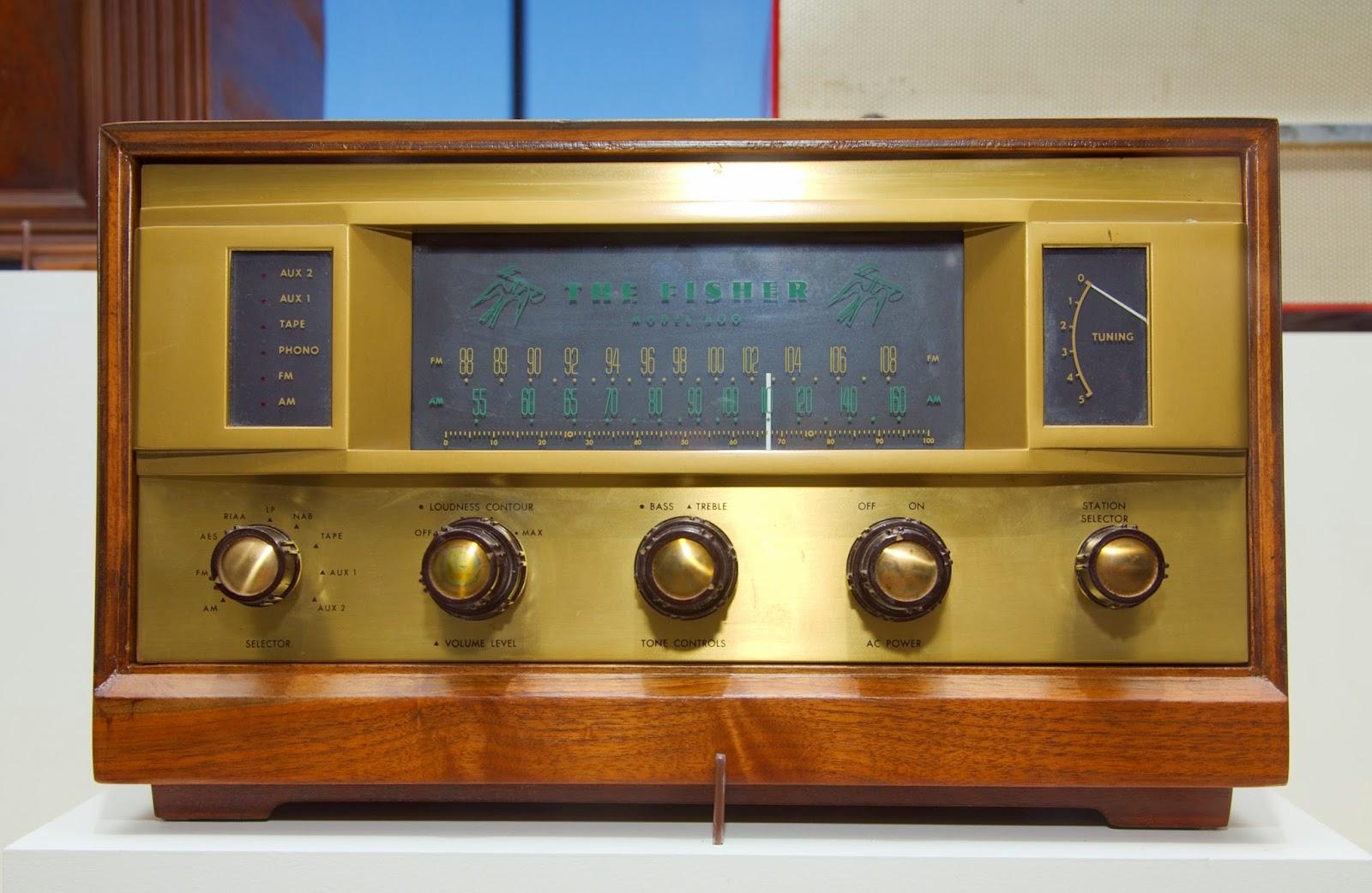 Sejarah Radio di Amerika Serikat, Penyiaran bahasa asing
