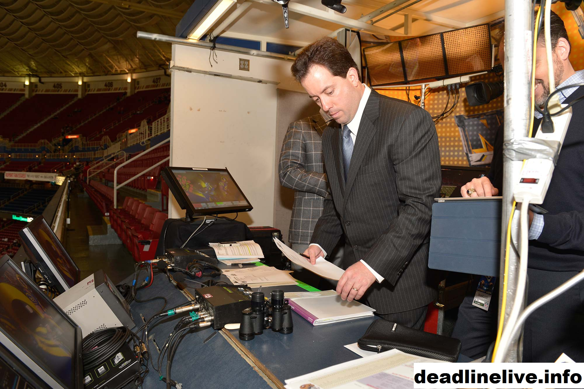 Kenny Albert Gets Nod as Lead Broadcaster for NHL on TNT